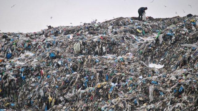 КМДА розглядає варіант вивезення сміття в зону відчуження ЧАЕС