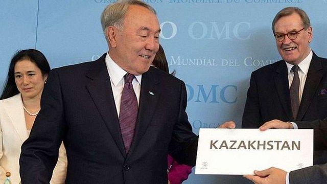 Нурсултан Назарбаєв доручив перевести казахський алфавіт на латиницю