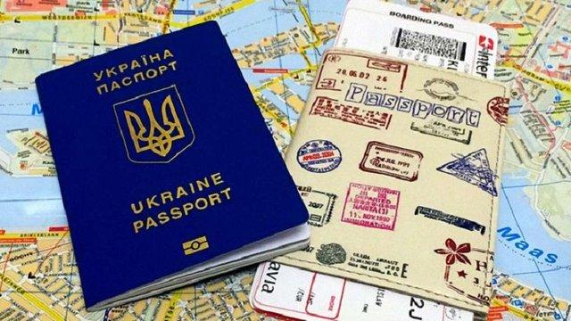 В Україні відтепер заборонено купляти авіаквитки без паспорта