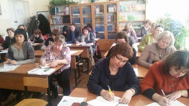 На Буковині кожен третій вчитель склав завдання ЗНО на трійку