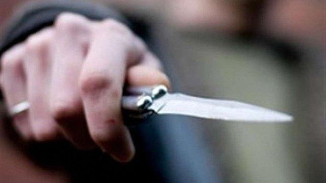 На Київщині нападник із ножем поранив бійця Нацгвардії і зарізав його собаку