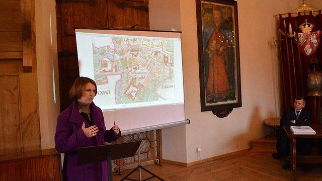У Жовкві презентували атлас про історію та ландшафт міста