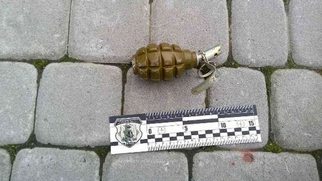 На Закарпатті у вітрину магазину кинули гранату
