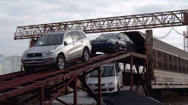 Імпорт автомобілів в Україну зріс на 64%