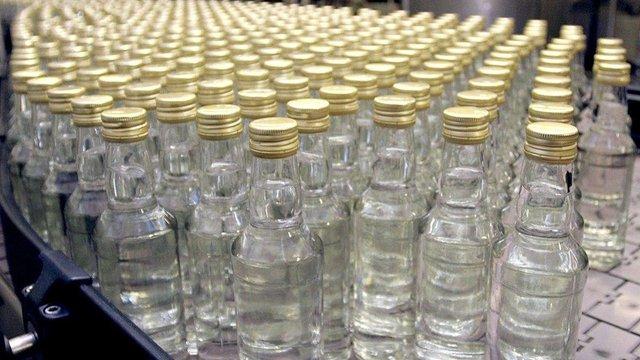 Мінімальна вартість горілки в Україні зросте до 80 грн за пляшку
