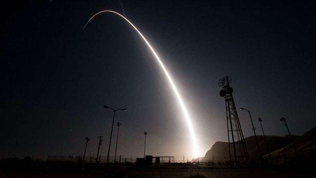 США провели успішні випробування міжконтинентальної ракети