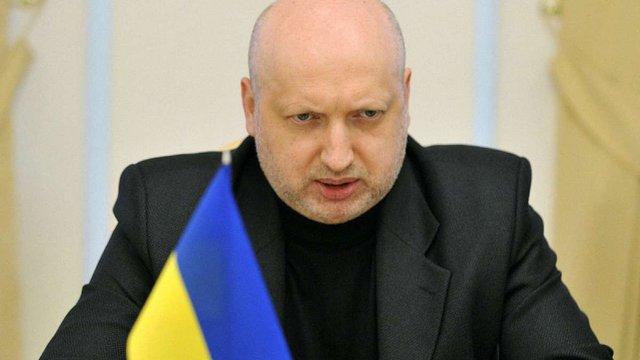 Україна готова блокувати сепаратистське та російське телерадіомовлення в зоні АТО, - Турчинов