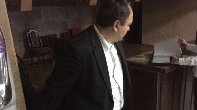 Суд арештував затриманого за хабарництво депутата Київської облради від фракції «Свобода»