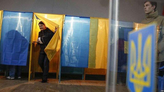 На останніх виборах в ОТГ перемогли «Наш край» і «Опозиційний блок», - КВУ