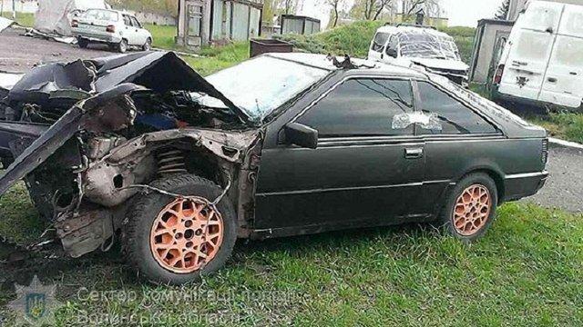 На Волині двоє юнаків потрапили в аварію на краденому автомобілі