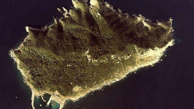 Японський острів, який заборонено відвідувати жінкам, оголосять об'єктом ЮНЕСКО