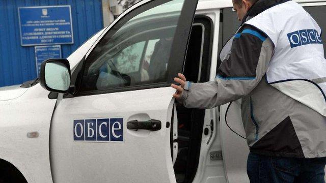 ОБСЄ змінює режим патрулювання на Донбасі через вибух свого автомобіля