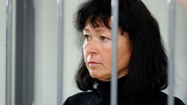 Харківський суд відпустив під домашній арешт вчительку, яка хотіла продати ученицю
