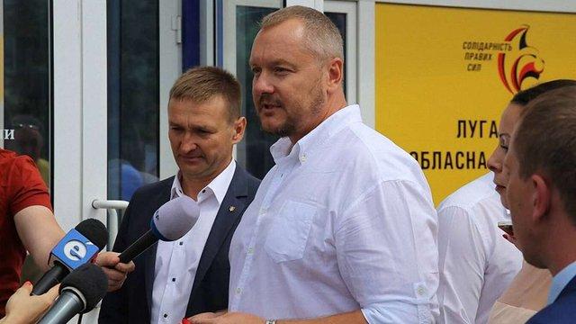 Народний депутат, що пропонував віддати Крим Росії, позивається до Петра Порошенка