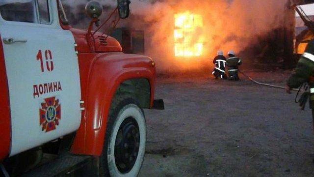 На Івано-Франківщині внаслідок пожежі загинули жінка та двоє дітей