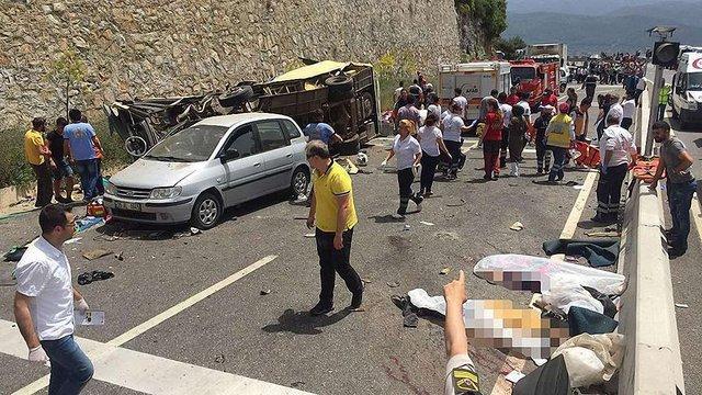 У Туреччині розбився автобус з туристами - 20 людей загинули, 11 поранені