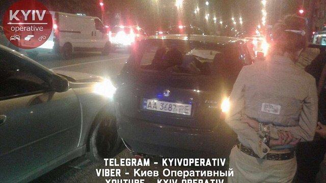 У центрі Києва після поліцейської погоні сталася потрійна ДТП