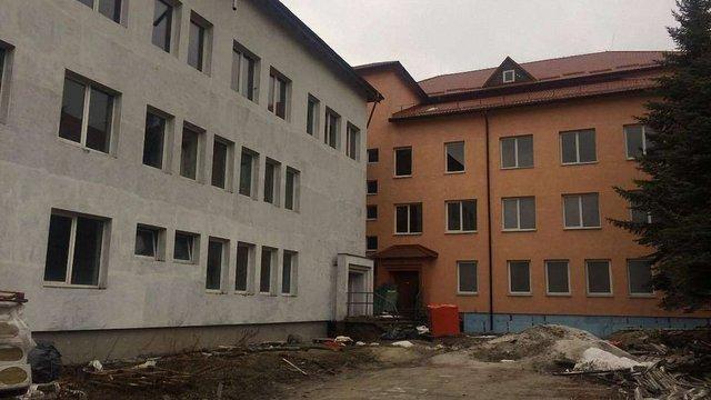 Реконструкцію перинатального центру у Львові виконає фірма Віталія Антонова