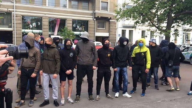 У Харкові під час акції рівності відбулися сутички, кількох поліцейських травмовано