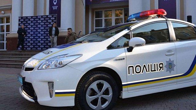 На Тернопільщині поліцейський вимагав у студента $400 хабара