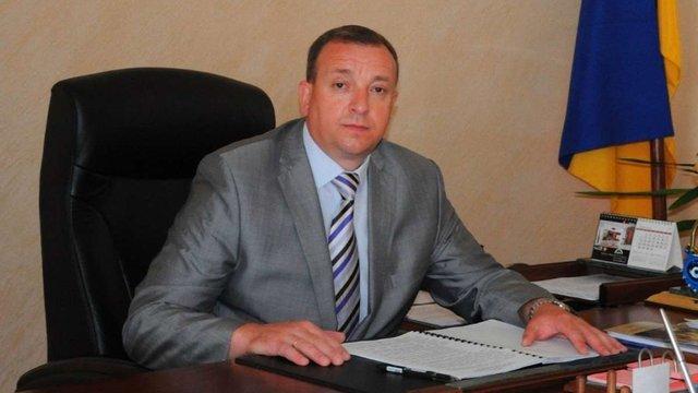 Засуджений за хабарництво начальник ДМС Львівщини повернувся на посаду