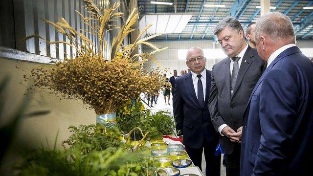 Сільське господарство приносить Україні 12% ВВП, - Порошенко