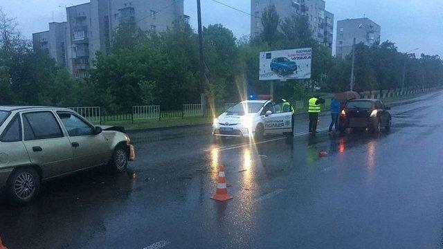 У ДТП у Львові травмувались троє людей, серед яких 8-річна дитина