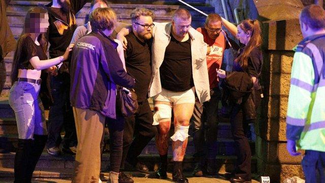 «Манчестер Сіті» і «Манчестер Юнайтед» пожертвували  £1 млн постраждалим під час теракту