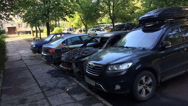 Вночі у Львові та Дрогобичі згоріли автомобілі