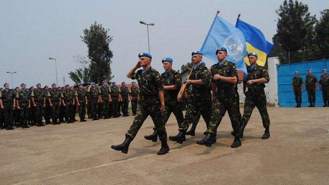 За час незалежності в миротворчих місіях взяли участь 42 тис. військових ЗСУ, – Порошенко