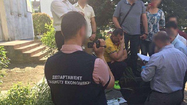 Мера закарпатського міста Чоп, головного архітектора і депутата міськради затримали на хабарі