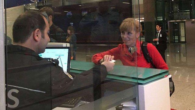 Туреччина прийняла перших українців, які скористалися правом в'їзду за ID-карткою, - МЗС
