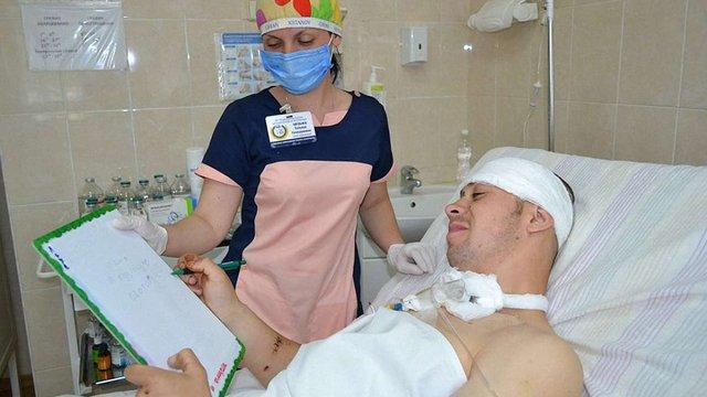 Поранений учасник АТО зі Львівщини у дніпровській лікарні прийшов до тями