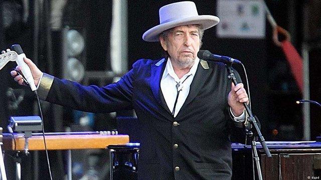 Боб Ділан написав промову для Нобелівської премії і тепер зможе отримати грошову премію