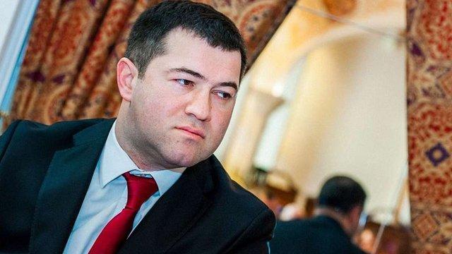 Велика Британія офіційно підтвердила британський паспорт Романа Насірова