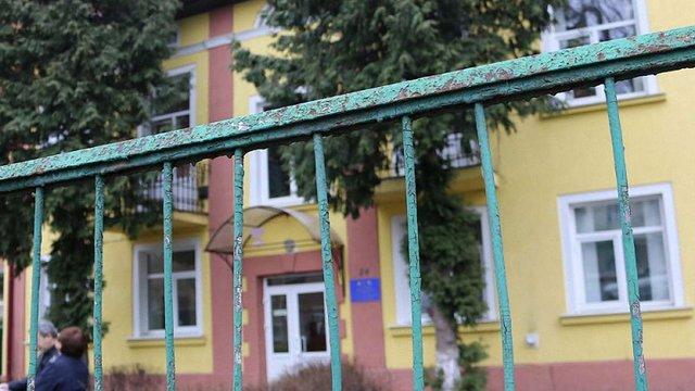 Львівська облрада продала приміщення амбулаторії, право власності на яке ЛМР оскаржує у суді