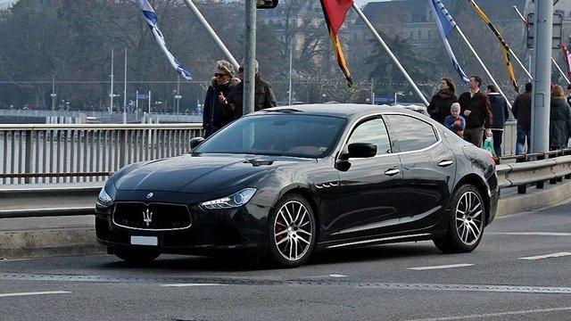 Прокуратура почала розслідування проти львівського податківця, що купив Maserati