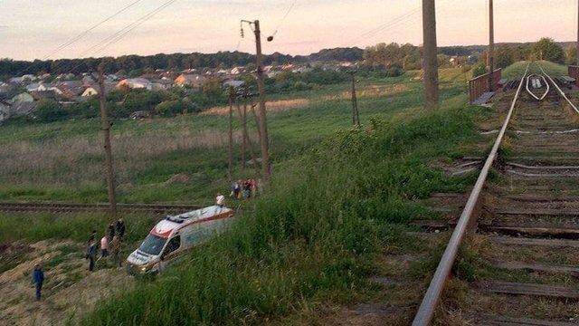 У Львові через падіння з мосту госпіталізували 16-річного підлітка