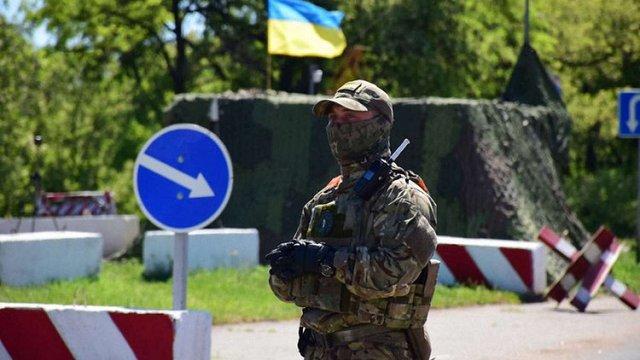 У Донецькій області на блокпостах збільшено кількість поліцейських