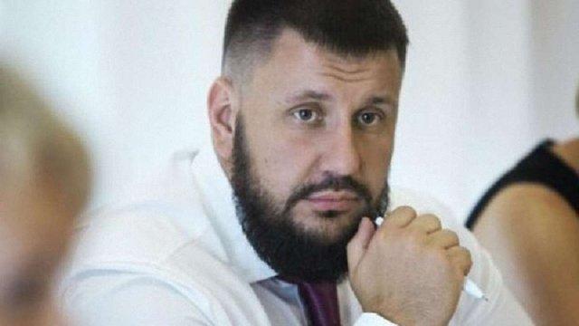 Військова прокуратура повідомила про підозру екс-міністру доходів і зборів Олександру Клименку