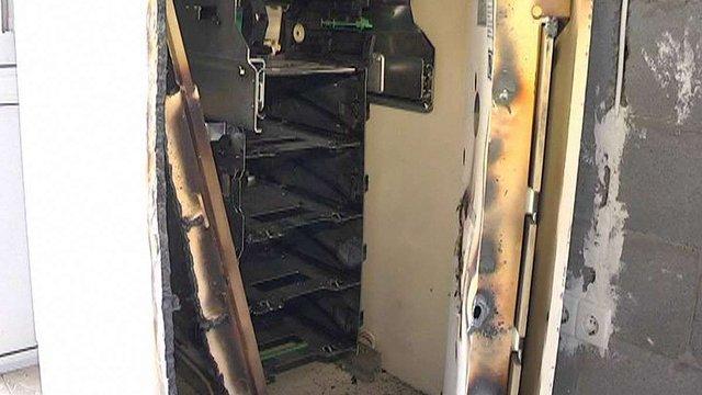 У Добромилі з банкомата вкрали ₴450 тис.