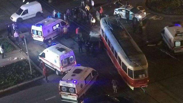 Олег Барна визнав свою провину в ДТП на площі Перемоги в Києві