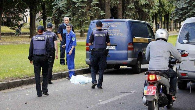 У Дніпрі позашляховик насмерть збив 9-річну дівчинку, її 13-річна сестра в лікарні