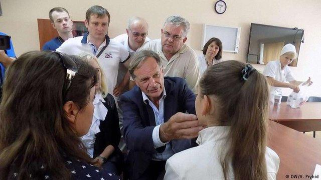 У Львові німецький хірург безкоштовно прооперує 30 дітей