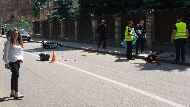 Два мотоциклісти потрапили у смертельну ДТП у Львові