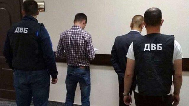 У Вінниці поліцейський продавав наркотики задля покращення показників затримань