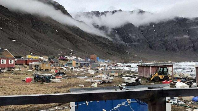 У Гренландії цунамі змило в море 11 будинків