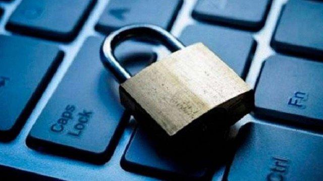 Мінінформполітики опублікувало перелік сайтів, які пропонує заборонити в Україні