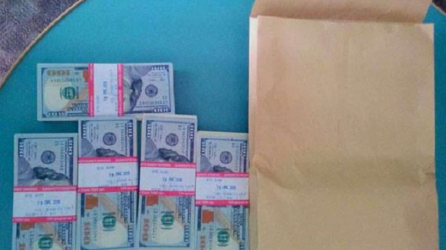 Депутат Хмельницької облради попався на хабарі в $50 тис.