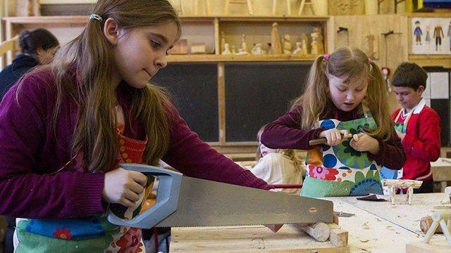 Міносвіти скасувало роздільне навчання хлопчиків і дівчаток на уроках праці в школах